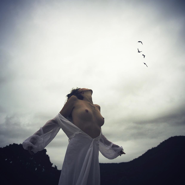Artistic Nudes by Pauline Greefhorst (Dutch Photographer)